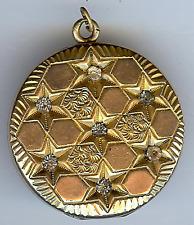 ANTIQUE GOLD FILL RHINESTONE GEOMETRIC DESIGN & STARS LOCKET PENDANT