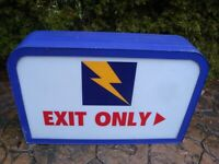 "Vintage 1980's Hot n Now Restaurants Non-Lighted Exit Sign (37-1/2"" x 24"" x 9"")"