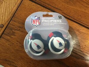 NEW ENGLAND PATRIOTS PACIFIERS NEW 2 PACK SET INFANT BABY FANATIC BPA FREE NFL