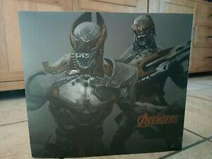 Hot Toys 1/6 Marvel Avengers MMS228 Chitauri Footsoldier et Commander set 2012