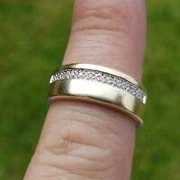 lovely 9ct Gold Diamond Ring size R