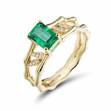 18ct Yellow Gold Natural Diamonds and Zambian Emerald ring GBP 5500