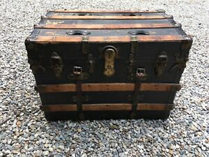 """Antique Flat Top Canva & Wood Steamer Trunk 29"""" x 20"""" x 21"""" WILL SHIP or PickUp"""