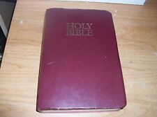Holy Bible New International Version With Helps Words Of Christ In Red Letter