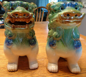 Set of 2 Green and White Glazed Ceramic FOO DOGS Taiwan Sticker