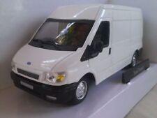Modellini statici di auto , furgoni e camion bianchi marca Cararama pressofuso