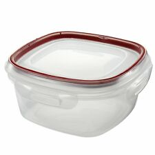 Rubbermaid Lock-its 5 Cup Square Food-Storage Container with Lid