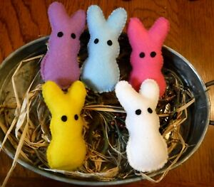 Set of 5 Felt Easter Bunny Peeps Primitive Bowl Fillers Farm House country Ornie