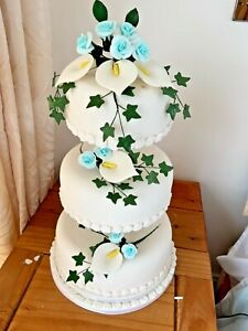 WEDDING CAKE 3 TIER SUGAR ROSE SPRAYS  IN TEAL AND IVORY.      CLEARANCE