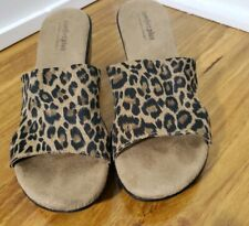 Comfort plus shoes by predictions womens Size 8 Animal Print  shoe