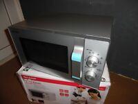 Sharp R204S Mikrowelle, 20 Liter - 800 Watt  Silber Microvawe, 6 Leistungsstufen