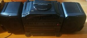 Fisher PH-D8000 Boombox Stereo CD Cassettes AM/FM Good condition