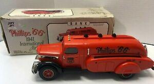 "Phillips 66 1941 International Airflow JMT 11"" Car Bank"