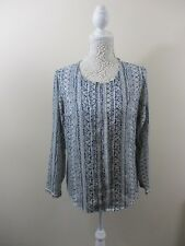 Dorothy Perkins size 14 top. Front double pleat. Navy&Gold. Pearl style buttons.