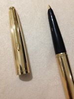 VINTAGE PARKER 45 ROLLED GOLD INSIGNIA 14K FINE FOUNTAIN PEN-ENGLAND.