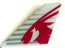 13247 QATAR AIRWAYS AIRLINES LOGO MIDDLE EAST AVIATION PLANE TAIL PIN BADGE