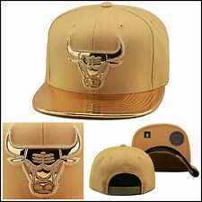 Mitchell & Ness Chicago Bulls Snapback METALLIC GOLD FOIL foamposite