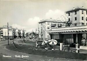 Cartolina di Mantova, stazione di servizio in viale Gorizia - 1957