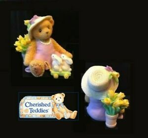 CHERISHED TEDDIES 2006 ABBEY PRESS EASTER EXCLUSIVE FIGURINE TULIPS, 4003828 NIB
