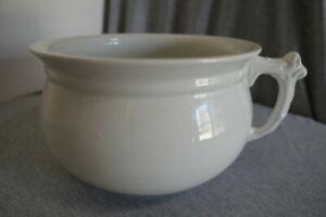 1880's T. W. Barlow & Son England Coronation Ware Semi-Porcelain Chamber Pot