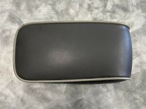 ⭐06 07 08 09 10 Hummer H3 Center Console Lid Arm Rest Leather Black Gray Piping