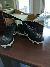 New womens Under Armour Glyde RM blk/white Softball Cleats 6.5