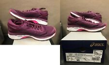 Asics Women Kayano 24 Running Shoes (size 7)