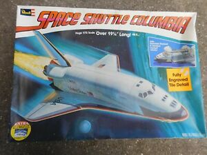 """REVELL 1/72 SCALE SPACE SHUTTLE COLUMBIA MODEL IN BOX COMPLETE 19 1/4"""" LONG"""
