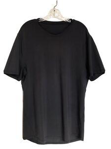 Lululemon Men's Size M Black Reflective Short Sleeve Tee Shirt