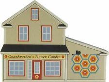 Cat's Meow Village Grandmother's Flower Garden Quilt Barn Shop #14-511