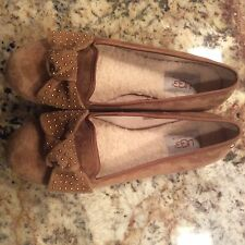 Ugg Australia Womens Alloway Studded Bow Suede Flat  Color Chestnut Size 7.5