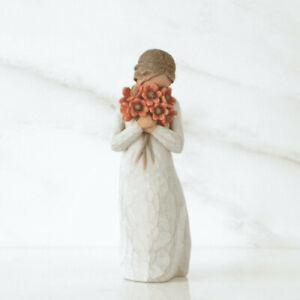 Willow Tree Figurine - Surrounded by love by Susan Lordi 26233