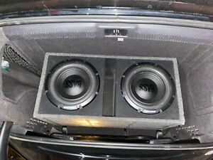 2 12 inch alpine subwoofers in box, soundXtreme amp 1550 W, and wiring included