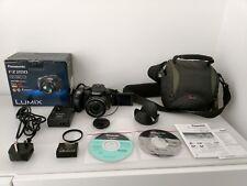 Panasonic Lumix DMC-FZ200 caméra + Carrycase + accessoires + plus (24x Zoom optique)