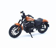 Maisto Modèle Réduit de Moto Harley Davidson 2014 Sportster IRON 883 1/18