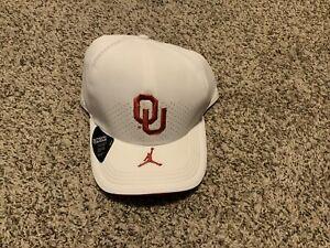 Oklahoma Sooners Jordan  Dri-Fit Nike Aerobill Hat Size: L/XL Team Issue White