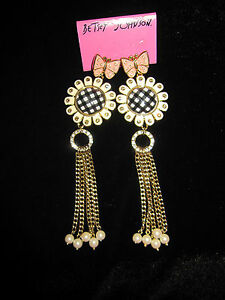 BETSEY JOHNSON  RARE PINK BUTTERFLY  BLACK AND WHITE CHECKERED FLOWER EARRINGS