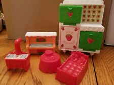 Strawberry Shortcake Vintage Dollhouse oven piano bed stove table
