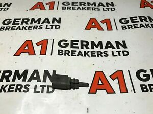 GENUINE VW AUDI SEAT SKODA TEMPERATURE SENSOR 8Z0820535A