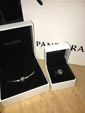 Brand New Genuine Pandora Ribbon Of Love Bracelet & Charm Jewellery RRP £85