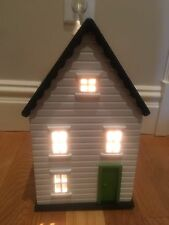 NEW Pottery Barn Kids Dollhouse Lamp Nightlight Night Light Light up House Table