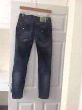 LADIES 'G STAR' BLUE DISTRESSED JEANS. SIZE 10/LENGTH 29.5 INCHES.GOOD CONDITION