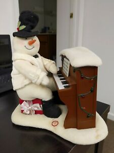 Hallmark 2005 Jingle Pals Snowman Piano Playing Singing Lights-up