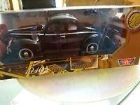 Modellino Nero Ford 1940 coupé Motor Max scala 1/18 da collezione