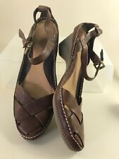 Clarks 7.5 Brown Leather Mid Heel Closed Toe Sandal