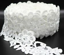 1 M White cotton and polyester mix satin thread lace trim.