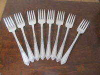 IS COTILLION Set of 8 Salad Forks Wm Rogers Vintage Silverplate Flatware Lot C