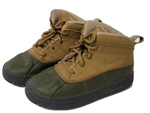 Nike ACG Woodside Hiking Duck Boots Youth Kids Size 10C Beige Olive Green Boots