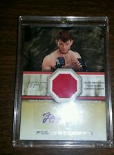 2011 Forrest Griffin UFC Topps auto./gear relic #d 12/25