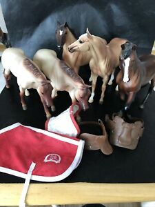 Group Of Five Breyer Toy Horses With Some Accessories